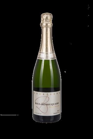 Das Bild zeigt die Flasche Champagne AOC Brut Boulard-Bauquaire - Cuvée Tradition