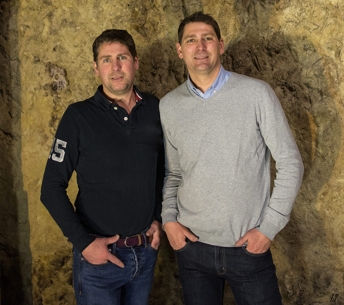 Das Bild zeigt die Geschwister Plou . Domaine Plou & Fils - Crémant de Loire AOP