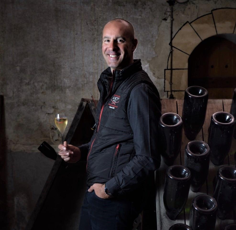 Das Bild zeigt Julien Viot Winzer in die Champagne Côte des Bars