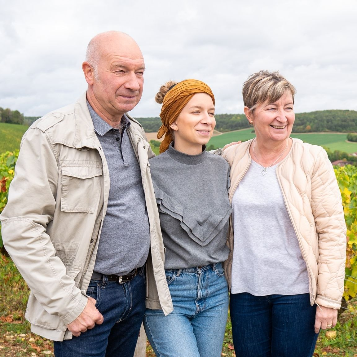 Das Bild zeigt das Trio Hennequière, Winzer-Familie in die Champagne