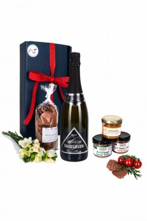 Das Bild zeigt unsere Frenchy Box Veggie mit Crémant Brut Loire AOP und weiteren vegetarische Brotaufstriche