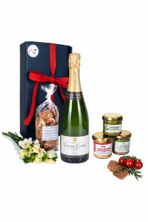 Das Bild zeigt unsere Frenchy Box mit Champagne AOP und weiteren Brotaufstriche